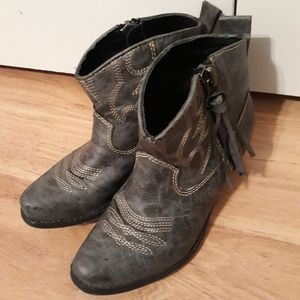 Big Buddha ankle boots gray sz 6M